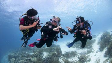 Curso PADI Adventure Diver Ibiza